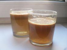 Zdrowy sok jabłkowy z dodatkami