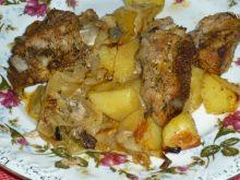 Żeberka pieczone z warzywami