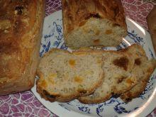 Ziarna chia i bakalie w domowym chlebku