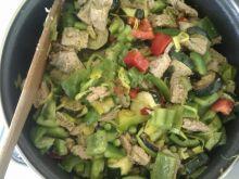 Zielona potrawka wegetariańska