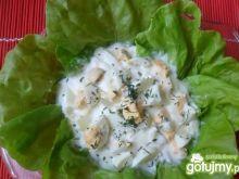 Zielona sałata z koperkiem i jajkami