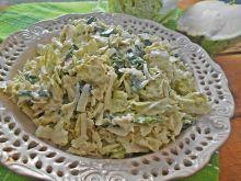 Zielona surówka z kalarepką
