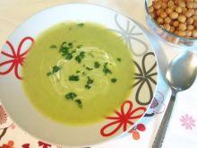 Zielona zupa groszkowa