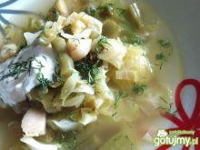 Zielona zupa z młodą kapustą