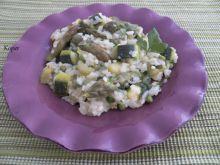 Zielone risotto ze szparagami i cukinią