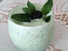 Zielone smoothie z jarmużem i trawą cytrynową