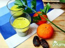 Zielony koktajl mandarynka-seler