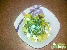 Ziemniaczana sałatka z kiszonym ogórkiem