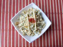 Ziemniaczana sałatka z żółtym serem