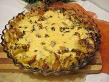 Ziemniaczana zapiekanka z jajkiem i serem