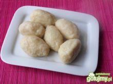 Ziemniaczane knedle z serem i cebulą
