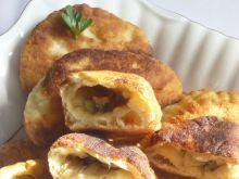 Ziemniaczane pierogi z serem i pieczarkami