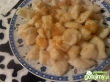 Ziemniaczano-serowe poduszeczki