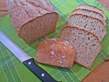 Ziemniaczany chleb z piwem i ostropestem
