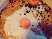 Ziemniaczany placek zapiekany z jajkami