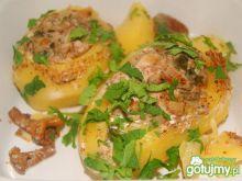 Ziemniaki faszerowane mięsem z kurkami