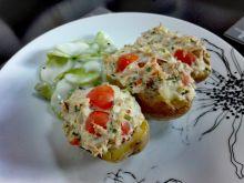 Ziemniaki faszerowane pastą z tuńczyka i serka