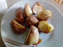 Ziemniaki pieczone z koperkiem
