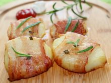 Ziemniaki w boczku i tymianku