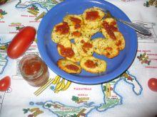 Ziemniaki w plasterkach pieczone w piekarniku