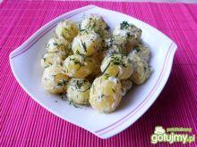 Ziemniaki z koperkiem i śmietaną