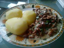 Ziemniaki z sosem grzybowym