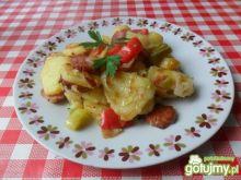 Ziemniaki zapiekane z papryką i cukinią
