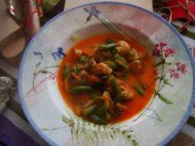 Zimowa zupa mięsna z fasolką