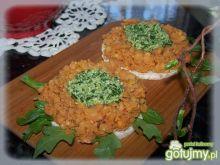 Złota przekąska na waflu ryżowym