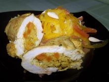 Złote kieszonki z kurczaka nadziewane morelami