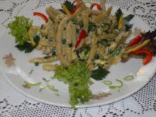 Żółta fasolka szparagowa z ziołami i śmi
