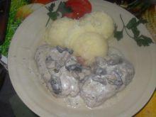 Zrazy w sosie z grzybów suszonych