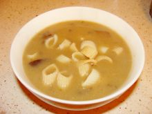 Zupa borowikowa z makaronem penne