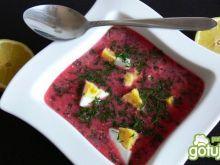 Zupa botwinkowa z ricottą