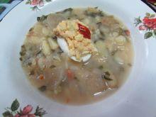 Zupa botwinkowa z wkładką