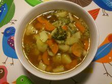Zupa brokułowa na boczku