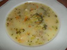 Zupa brokułowa z kapustą