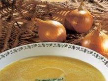 Zupa cebulowa z grzankami