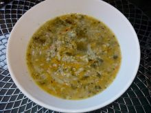 Zupa delikatnie ogórkowa na mielonym