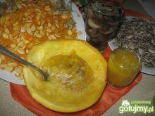 Zupa dyniowa - krem, ze słonecznikiem...