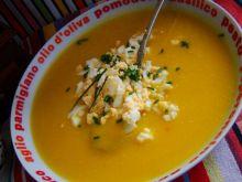 Zupa dyniowa z siekanym jajkiem
