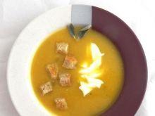 Zupa dyniowa z szałwią