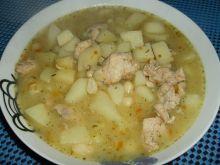 Zupa fasolowa na gulaszu