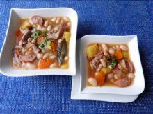 Zupa fasolowa na wieprzowych żeberkach