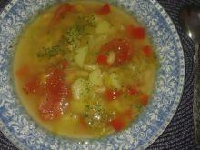 Zupa fasolowa z kapustą