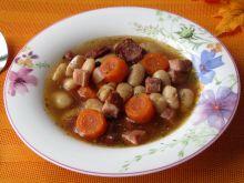 Zupa fasolowa z wędliną