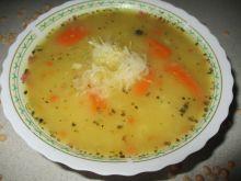 Zupa grochowa z kiszoną kapustą