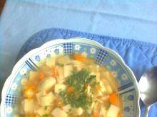 Zupa grochowa z łazankami