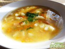 Zupa grochowa z marchewką
