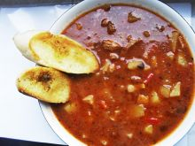 Zupa gulaszowa by Noruas